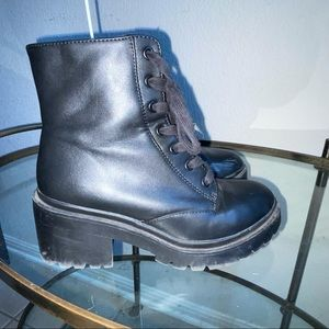 Universal Thread Lace Up Side Zipper Combat Boots